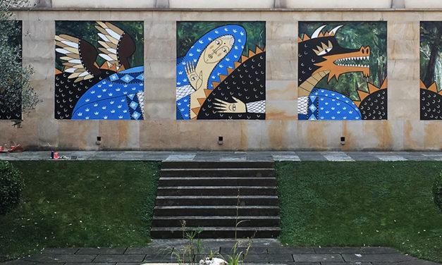 Mural en el claustro del Museo de Arte Sacro Bilbao